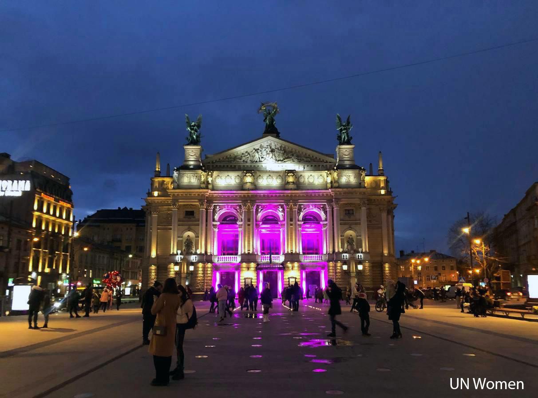Як пройшов HeForShe Arts Week 2021 в Україні: карантинні умови, онлайн формати та децентралізація мистецьких подій