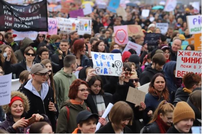 Свято жіночності чи рівності: Чому нам потрібно виходити на марш 8 березня?
