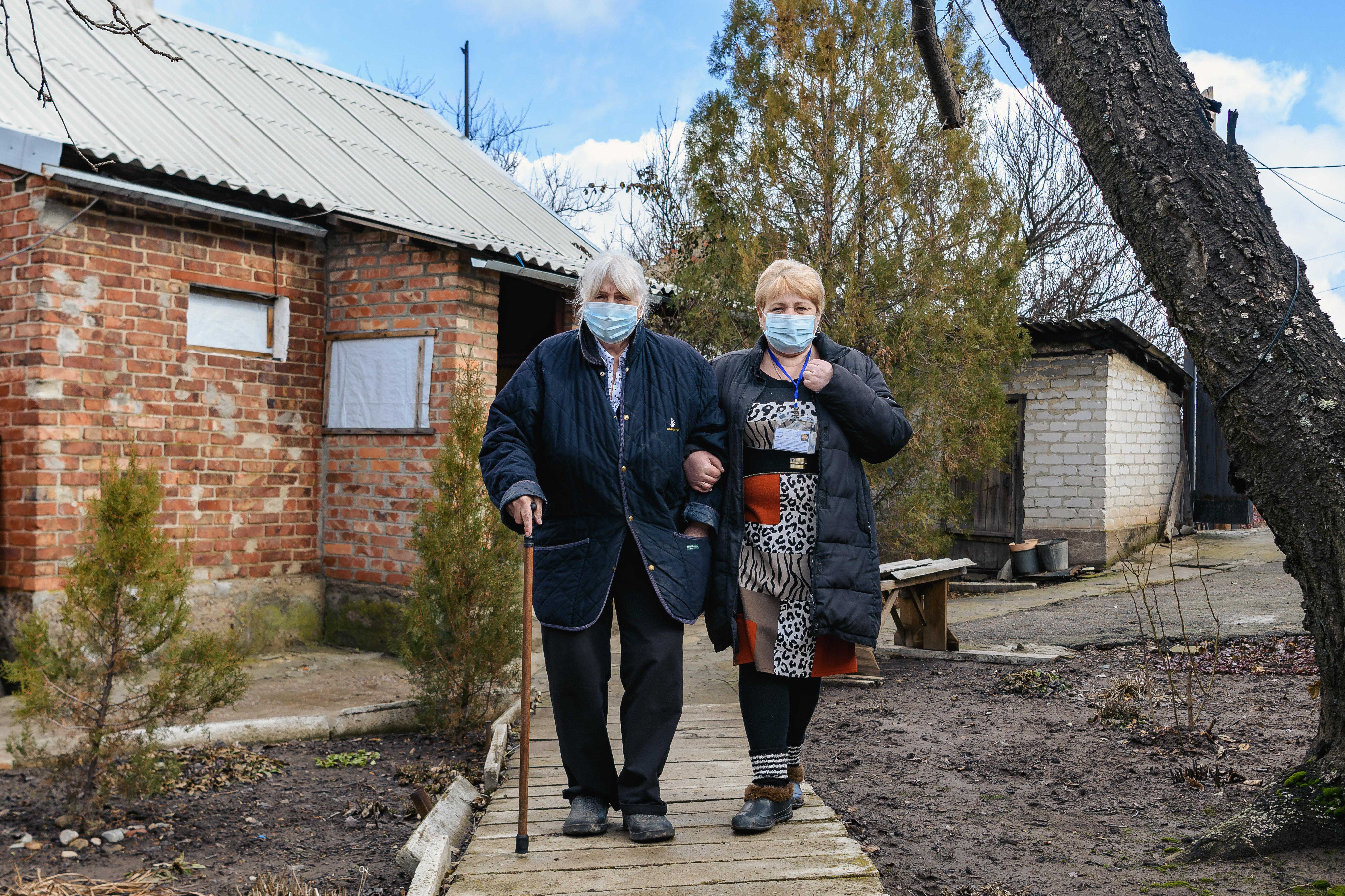 Життєва стійкість під час збройного конфлікту: дві жінки, одна історія
